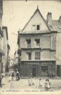 (SAINT BRIEUC )( 22 COTES DU NORD ) VIEILLES MAISONS RUE AUX TOILES - Saint-Brieuc