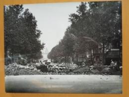 BARRICADE AVENUE ? LIBERATION DE PARIS GUERRE WW2 PHOTO DE PRESSE 24 X 18 Cm PHOTO PRESSE LIBERATION - Guerre, Militaire