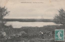 50 Barfleur. Une Vue Sur Le Phare - Barfleur
