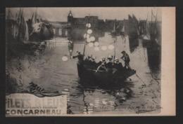 - ( 29 Finistère )   Concarneau  Souvenir De La Fête Des Filets Bleus ( Barque Avec Lampions ) Janssaud - Concarneau