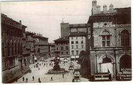 BOLOGNA PIAZZA NETTUNO FOTOGRAFICA - Bologna