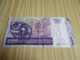 Madagascar.Billet 1000 Ariary - 5000 Francs 2004. - Madagascar