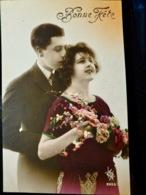 CARTE POSTALE _ CPA VINTAGE : COUPLE _ ROMANCE _ AMOUR _ BONNE FETE     // CPA.FTS.276.13.S1 - Couples