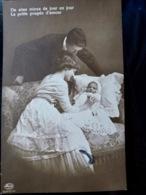 CARTE POSTALE _ CPA VINTAGE : COUPLE _ BEBE _ NOURRISSON _ FAMILLE _ 1916     // CPA.FTS.276.13.S1 - Couples