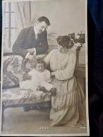 CARTE POSTALE _ CPA VINTAGE : COUPLE _ FAMILLE _ ENFANT _ FILLETTE _ 1905     // CPA.FTS.276.13.S1 - Couples