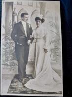 CARTE POSTALE _ CPA VINTAGE : Fantaisie _ COUPLE _ ROMANCE _ AMOUR _ MARIAGE    // CPA.FTS.276.13.S1 - Couples