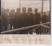 MANOEUVRES DE L'EST M MESSIMY FÉLICITANT AVIATEUR MARTINET   18*13CM Maurice-Louis BRANGER PARÍS (1874-1950) - Aviación