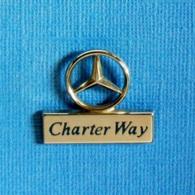 1 PIN'S //  ** MERCEDES-BENZ / CHARTER WAY / LOCATION D'UTILITAIRES LÉGERS ET DE CAMIONS ** . (Sofrec Paris) - Mercedes