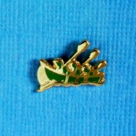 1 PIN'S //  ** CANOÉ-KAYAK / ÉQUIPE 3 RAMEURS ** . (Winslow I.C.) - Canoë