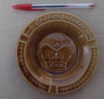 Objet Publicitaire 022, Cendrier Vide-Poche Biere Champigneulles, Faience, Bon état Mais 2 Cheveux, Frais De Port Au Tar - Ashtrays