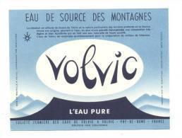 Etiquette     Eau De Sources Des Montagnes  Volvic - Labels