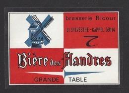 Etiquette De Bière  Des Flandres   -  Brasserie Ricour à Saint Sylvestre Cappel  (59)  -  Thème Moulin à Vent - Bier