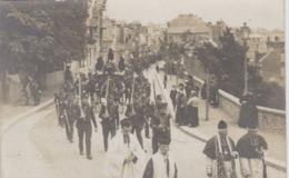Granville 50 Carte Photo 1910  Enterrement Victime Du Pluviose  FONTAINE Rue Des Juifs  Cortege  Militaires  Clergé - Granville