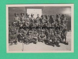 Bersaglieri Al Passo Tonale 1932 Foto Di Gruppo Fronte Alla Lapide Ai Caduti - War, Military