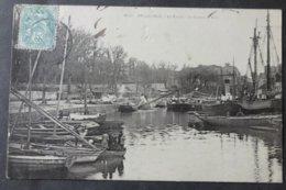 CPA 56 BELLE ISLE  - BELLE ILE - Le Palais - Le Bassin à Flot - Villard 2410 - Réf. V 114 - Belle Ile En Mer