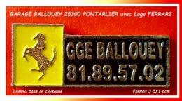 SUPER PIN'S GARAGE Avec CHEVAL FERRARI : Symbole Pour Le GARAGE BALLOUEY à PONTARLIER Dans Le Doubs Email Cloisonné Or - Ferrari