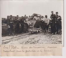 GRÈVE DES TERRASSIERS SUR L'ETAT OUVRIERS TRAVAILLANT PROTECTION TROUPE  18*13CM Maurice-Louis BRANGER PARÍS (1874-1950) - Beroepen