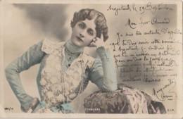 E21- ARTISTE  FEMME - FRAU - LADY - CAVALIERI - PAR REUTLINGER , PARIS  - (OBLITERATION DE 1903 - 2 SCANS) - Artistes