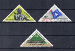 Leshoto - 1967 - 1° Anniversario Indipendenza - 3 Valori - Nuovi - Linguellati - (FDC16859) - Lesotho (1966-...)