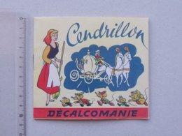DECALCOMANIES Anciennnes Walt DISNEY: CENDRILLON Livret Avec 3 Volets Intérieurs - Potiron Prince - JESCO Imagerie - Vieux Papiers