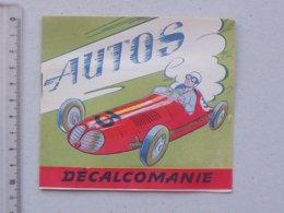 DECALCOMANIES Anciennes: LES AUTOS Livret Avec 3 Volets Intérieurs - FERRARI RENAULT TRIUMPH JAGUAR Ed. JESCO Imagerie - Collezioni
