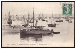 BREST  Arrivée Du Bateau De Lanvéac . Premier Bassin - Brest