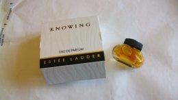 "Miniature De Parfum E.Lauder    "" Knowing   "" Eau De Parfum - Miniaturen Flesjes Dame (met Doos)"
