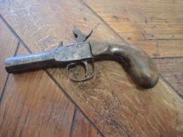 Pistolet A Broche - Decotatieve Wapens