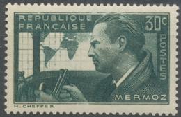 """En Souvenir De L'aviateur Jean Mermoz Et Ses Compagnons De L'hydravion """"Croix Du Sud"""". 30c. Vert-gris Neuf Luxe ** Y337 - Unused Stamps"""