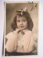 FILLETTE  AU NOEUD    ......      PHOTO  MANUEL       TTB - Retratos