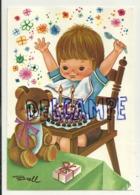 Enfant, Gâteau D'anniversaire Et Deux Bougies, Nounours. Signée Brell - Compleanni