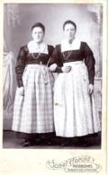 Porträt 2 Frauen In Tracht - Kabinettfoto Von Josef Herold Kitzbühel Ca 1895-1900 - Fotografie