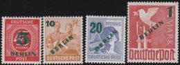 Berlin     .   Michel     .     64/67  (2 Scans)        .       **       .      Postfrisch   .    /    .     MNH - Nuevos