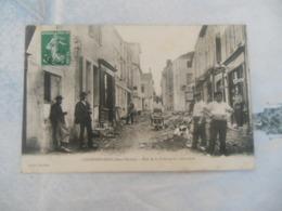 CHAMPDENIERS  -  RUE DE LA POTERNE EN REPARATION - Champdeniers Saint Denis