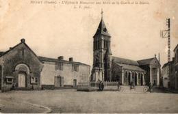 85. CPA. NESMY.  L'église, Le Monument Aux Morts De La Guerre Et La Mairie. - Other Municipalities