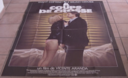 AFFICHE CINEMA ORIGINALE FILM A COUPS DE CROSSE Bruno CREMER Fanny COTTENCON ARANDA 1984 LANDI TBE - Affiches & Posters