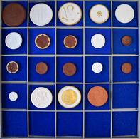 Medaillen Deutschland: Meissen: Insgesamt 19 Porzellanmedaillen Der Manufaktur Meissen, Darunter U. - Zonder Classificatie