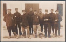 Carte Photo , Militaria , Groupe De Militaires Royan 1916 , Animée - Régiments