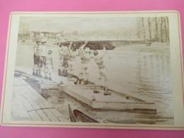 Photo Ancienne/Tirage Monté Sur Carton/Mise à L'eau D'un Outrigger à Huit/F GUELDRY/Tamise/LONDRES/1907   PHOTN511 - Sporten