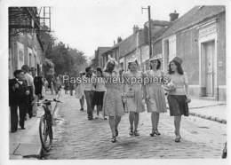 2 PHOTOS  BARBIZON CATHERINETTES 43 GRANDE RUE  ASILE MATERNEL LAURE HENRY (années 50 ?) - Barbizon