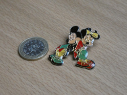 DISNEY. MICKEY MINNIE. - Disney
