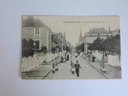 RICHELIEU - Procession De La Fête-Dieu  Ref 1333 - Autres Communes