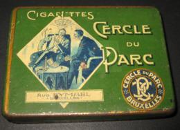 Antique Empty Cigarette Tin - Boîte Ancienne Cigarettes Cercle Du Parc - Aug. Eymael, Bruxelles / 5 Scans - Boites à Tabac Vides