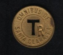 Caribe  / Cuba TOKEN OMNIBUS DE SANTA CLARA .S.A. T Letter R Brass 23 Mm - Tokens & Medals
