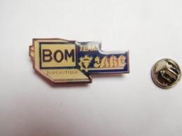Beau Pin's , Informatique , BOM Team Jarc Bureautique - Informatique