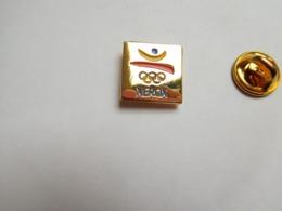 Beau Pin's , JO , Jeux Olympiques  Barcelone 1992 , Informatique Xerox , Carré - Jeux Olympiques