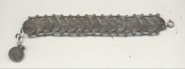 Bracelet Avec D'un Côté Le Lion Et De L'autre Des Vues, Monuments,... De Venise / Venezia   (SL) - Bracelets