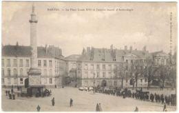 NANTES La Place Louis XVI Et L'ancien Musée D'Archéologie - Nantes