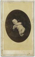 CDV. Un Bébé Nu En Pose Par Terris à Marseille. - Antiche (ante 1900)