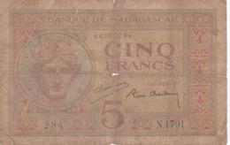BILLETE DE MADAGASCAR DE 50 FRANCS DEL AÑO 1937  (BANKNOTE) - Madagascar
